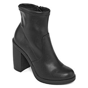 Zigi Soho Shoes - ZIGI SOHO Welles Chunky Bootie Black Women's 8.5